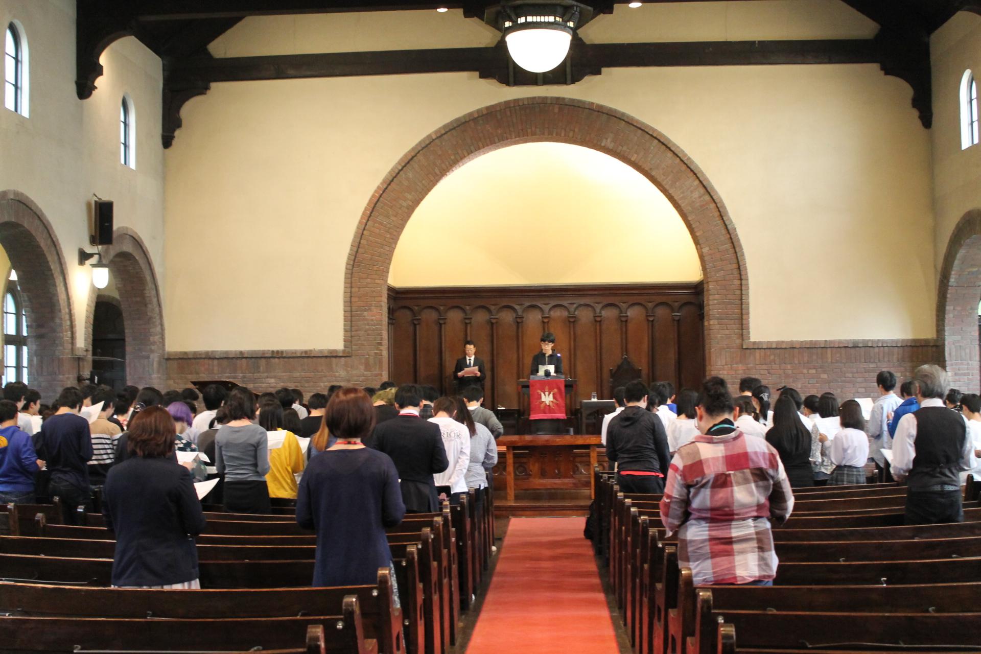 5月 全体礼拝『神のわざがあらわれるため』