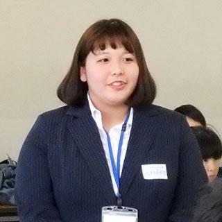 西林 美紗生(2年生担任)